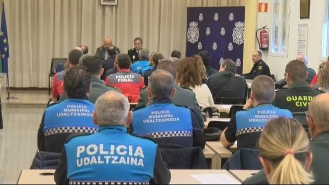 El sueldo de Policía Municipal se iguala al de Policía Foral