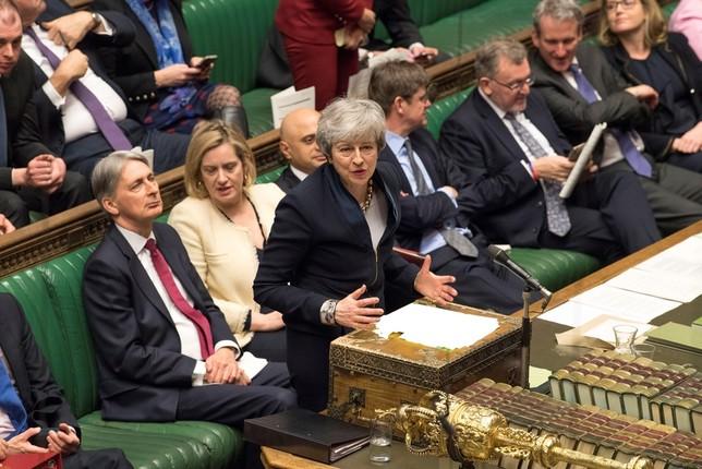 Los Comunes evitan el Brexit duro MARK DUFFY /