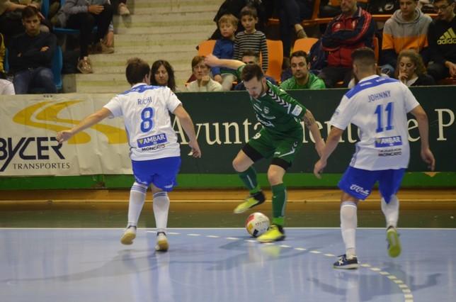 Dani Saldise en el pasado partido ante Fútbol Emotion Zaragoza