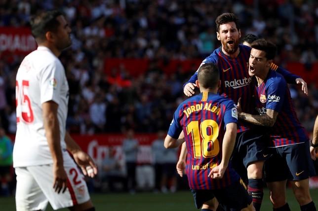 Un hat-trick y una asistencia del argentino ante el Sevilla (2-4) afianza  el liderato del Barça b91739760657d