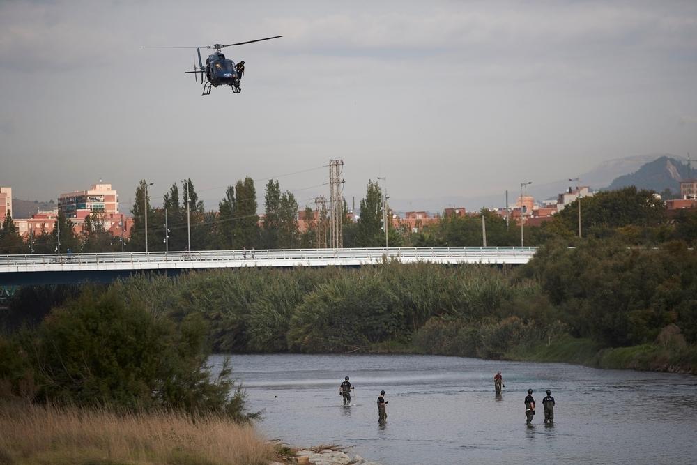 Un padre de 16 años arroja a su bebé al río Besós