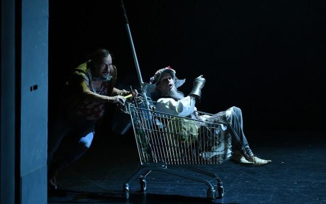 Escena de la obra de teatro 'Don Quijote'.