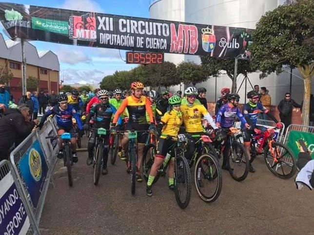 Calaf y Fernández dominan la prueba MTB de San Clemente