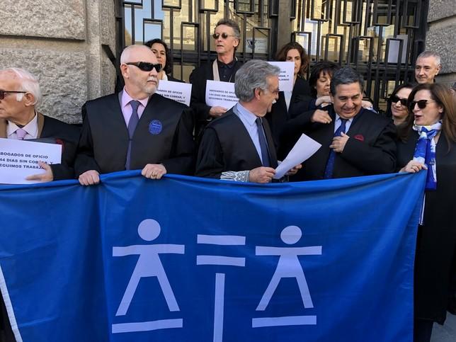 La abogacía denuncia los 144 días sin cobrar Turno de oficio
