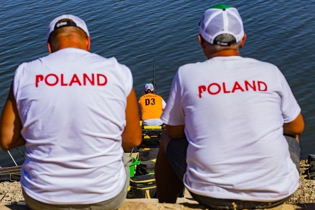 Francia y Polonia dominan en el Mundial de Pesca