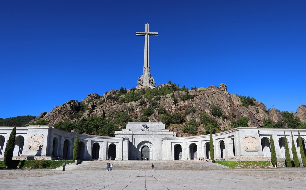 El Supremo despeja el camino para la exhumación de Franco