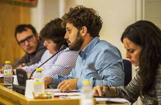 El PSOE lleva las cuentas al Pleno con un 'no' en Comisión