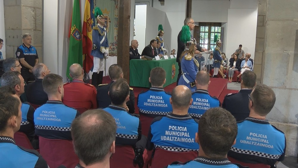 Felicitaciones a Policía Municipal en el día de su patrón