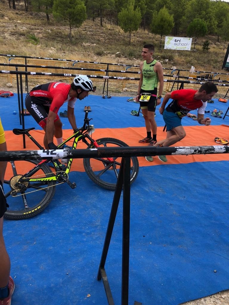 Tornero y Belmar ganan el Duatlón Cross Ciudad de Cuenca
