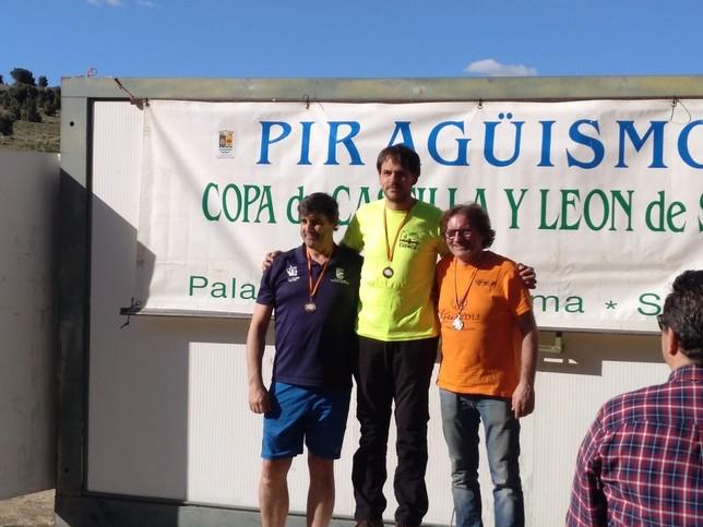 Gran papel del Club de Piragüismo Las Grajas en Segovia