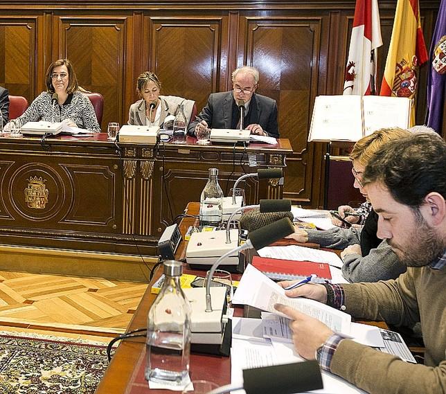 2,7M€ del remanente irán a las carreteras y otro a deuda óscar Navarro