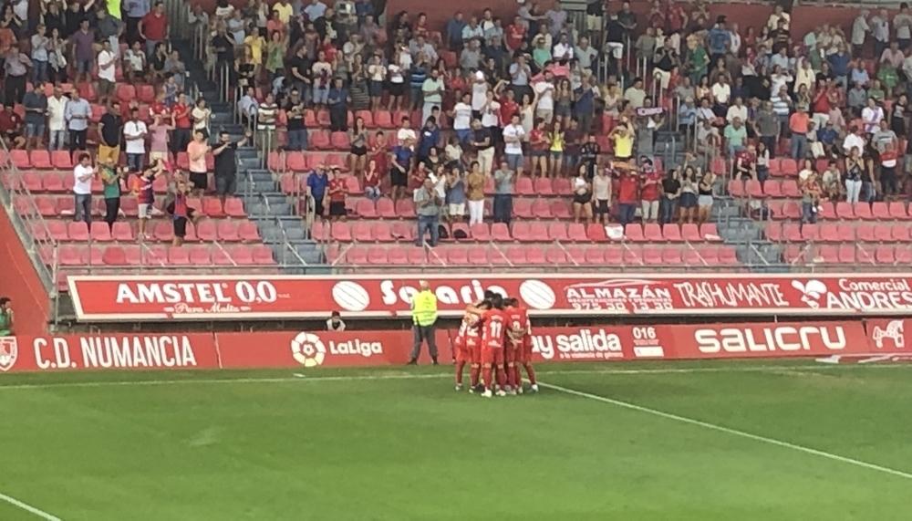 El Numancia se estrena a costa del Mirandés (2-0)