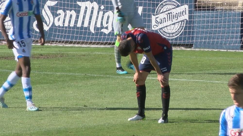 Juan Villar lamenta una clara ocasión fallada en la primera parte