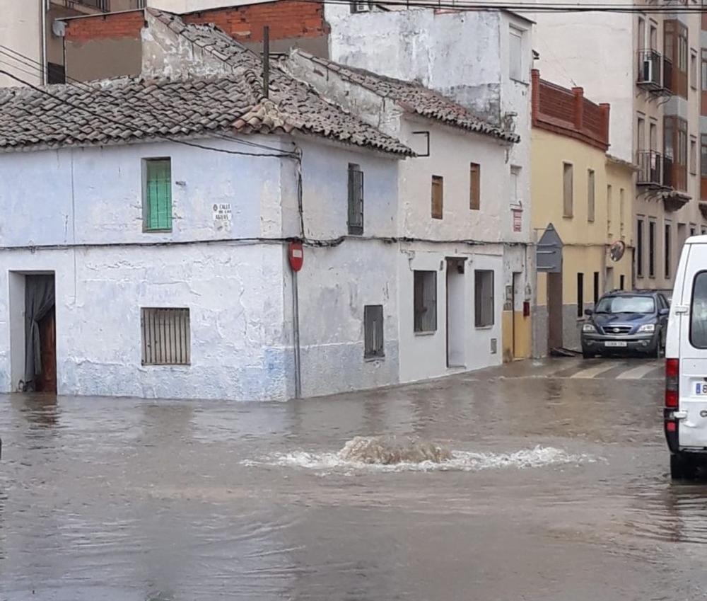 Balsas de agua en las calles de Quintanar de la Orden