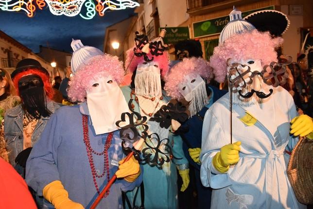 Aires de Carnaval junto a las mascotas