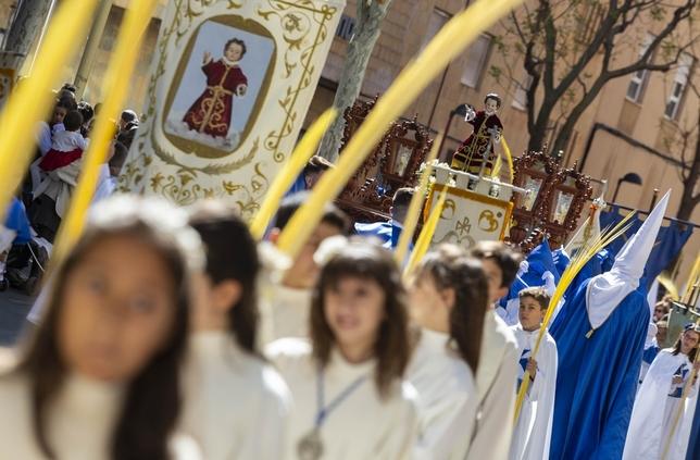 La Hermandad de Las Palmas procesiona por la ciudad Tomás Fernández de Moya