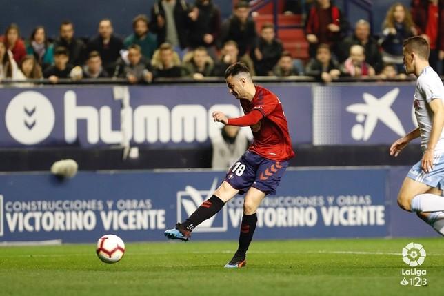 Partidazo de Osasuna frente al Zaragoza y liderato (1-0) C. A. Osasuna