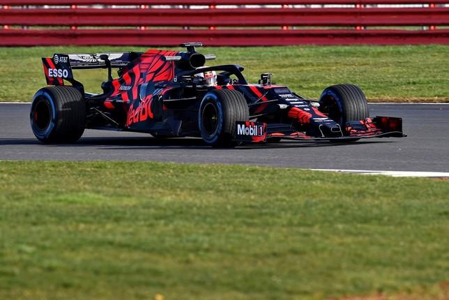 Red Bull y Mercedes sacan a la luz sus proyectos
