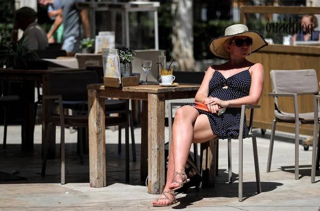 España recibe un 4,4% más de turistas hasta abril