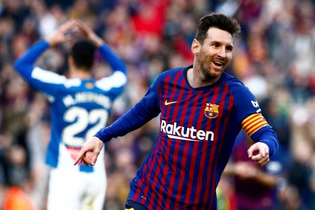 El Barça tira de Messi en un derbi espeso Quique García
