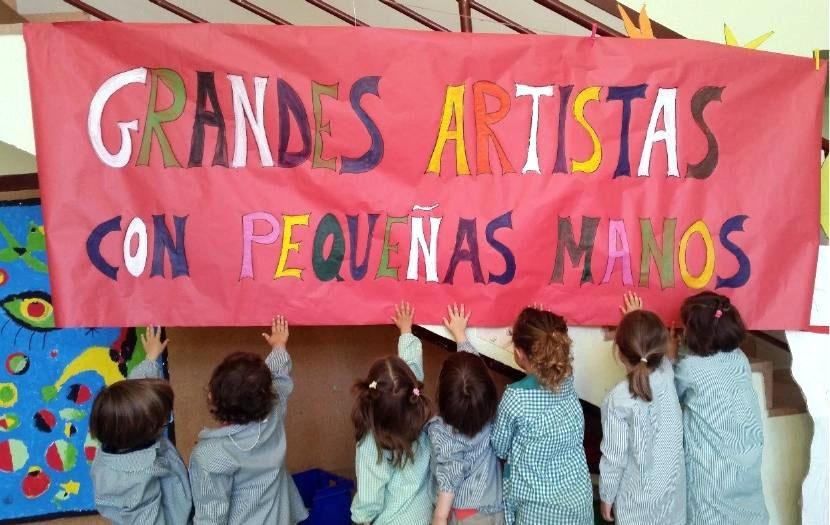 Alumnos y profesores del Íñigo de Toro, cuyo proyecto 'Grandes artistas con pequeñas mano' ha sido reconocido por los Premios Francisco Giner de los Ríos.
