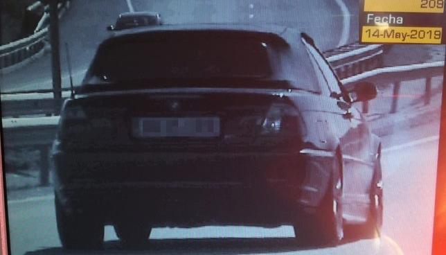 Conduce a 209 km/h y da positivo en todas las drogas  Policía Foral
