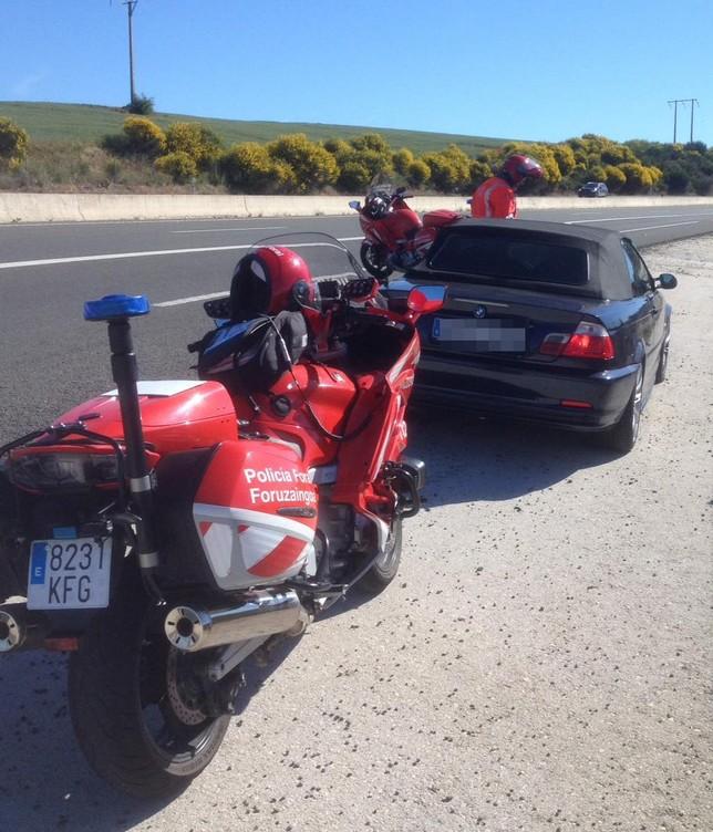 Conduce a 209 km/h y da positivo en todas las drogas