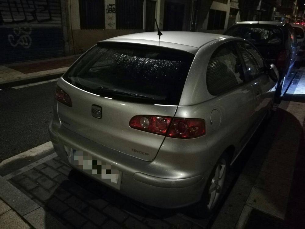 Detenida una mujer por dañar varios coches en Las Delicias