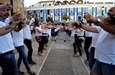Valdepeñas arrebata el récord guinness a Segovia bailando EFE