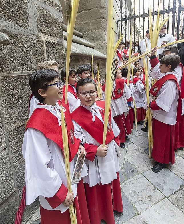 Bendición de palmas y ramos en la Catedral VÁctor Ballesteros