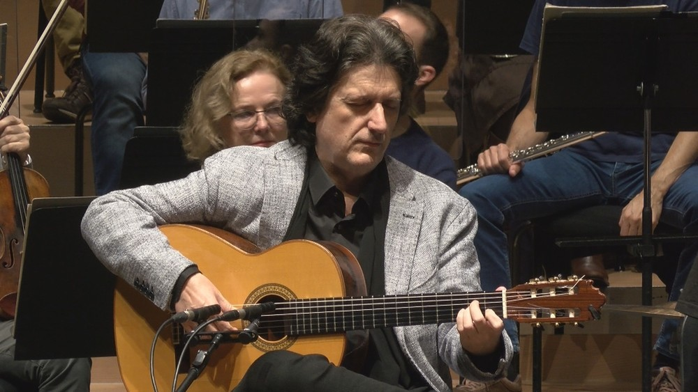 El guitarrista Cañizares homenajea con arte a Paco de Lucía