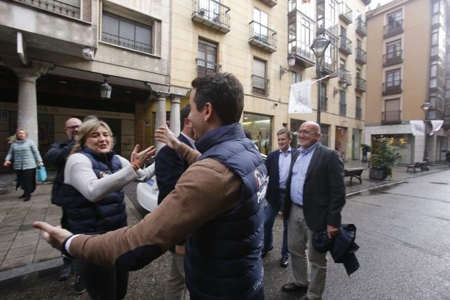Encuentro de Teodoro García Egea con Nuevas Generaciones de Valladolid J.T.