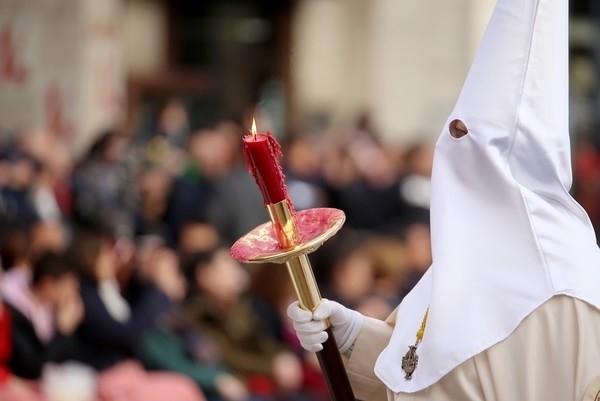 Valladolid revive con 33 pasos la Pasión de Jesús