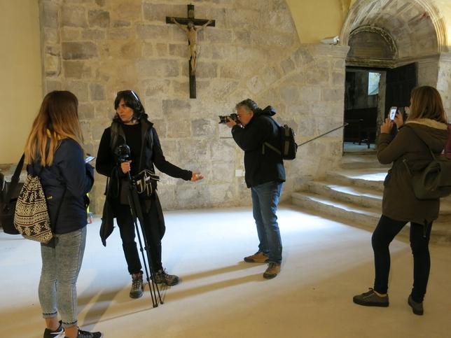 Periodistas de viajes en Cataluña rodean la Bureba