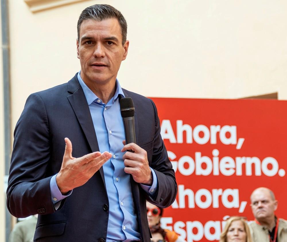 Expedientan a Sánchez por el uso electoral de La Moncloa