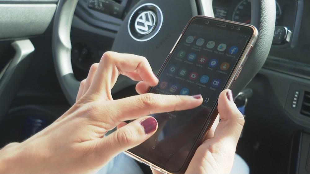 Un minuto al móvil nos hace perder el 40% de las señales