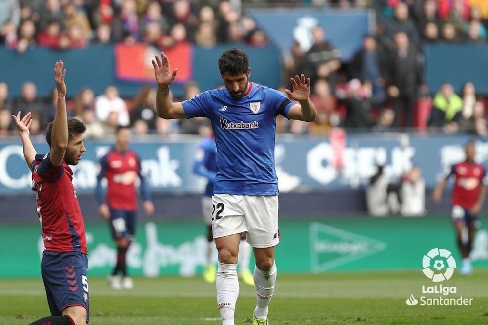 Raúl García no celebró un gol que finalmente fue invalidado por fuera de juego