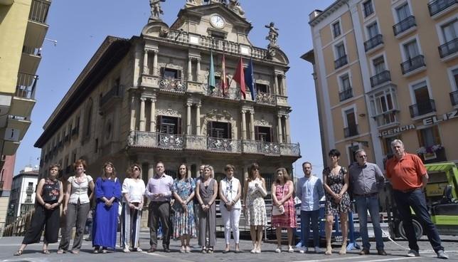 Pamplona conmemora el Día Internacional del Orgullo LGTBI