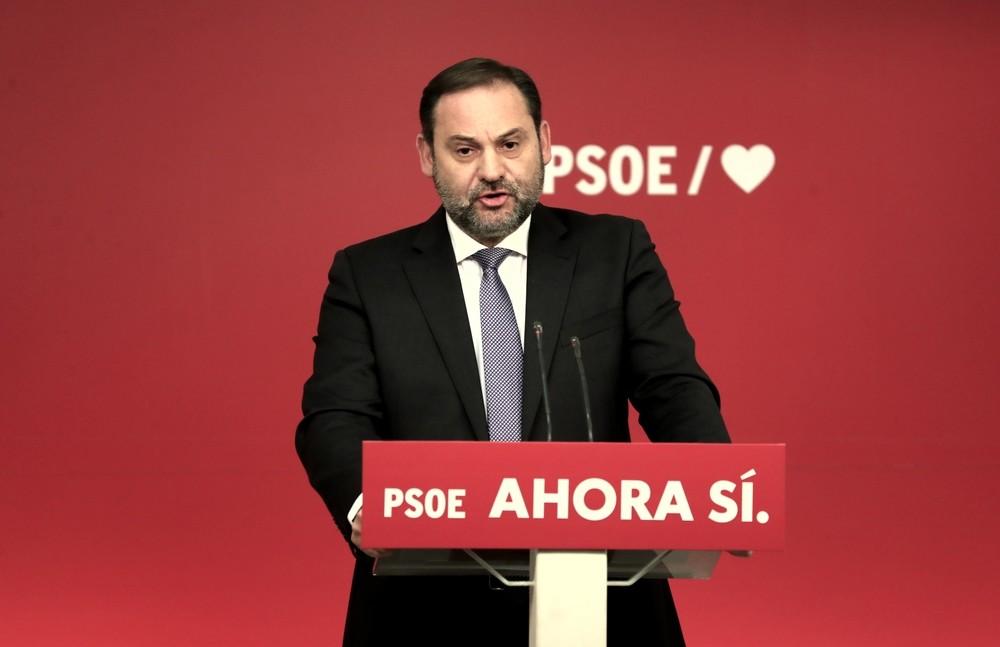 El PSOE echa balones fuera con los ERE