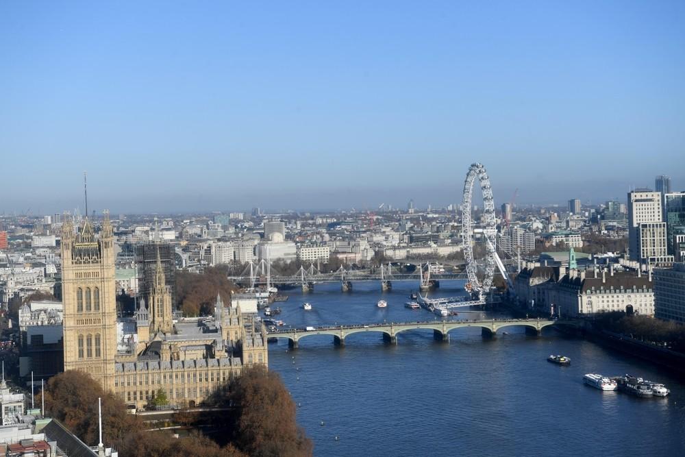 La Policía corta el puente de Londres por un tiroteo