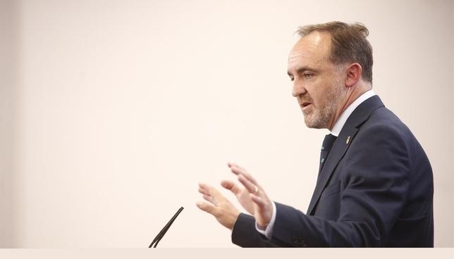 Esparza ofrece a Chivite la vicepresidencia de Navarra