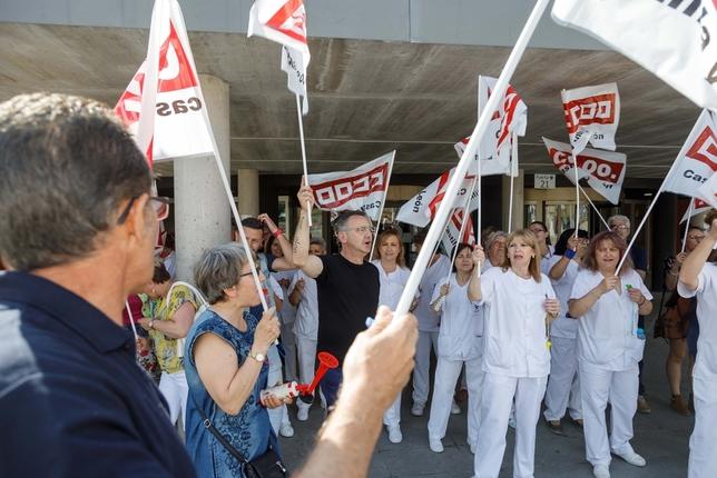 Protesta de los trabajadores de limpieza y mantenimiento