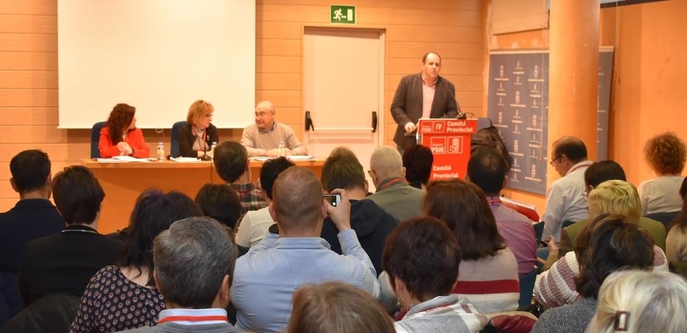 El PSOE pide retirar el plan del cierre de consultorios