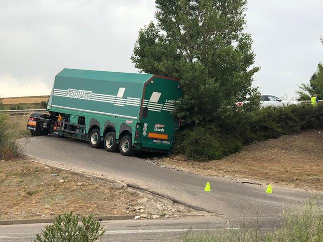 Nuevo siniestro de un camión en la salida de Hipercor