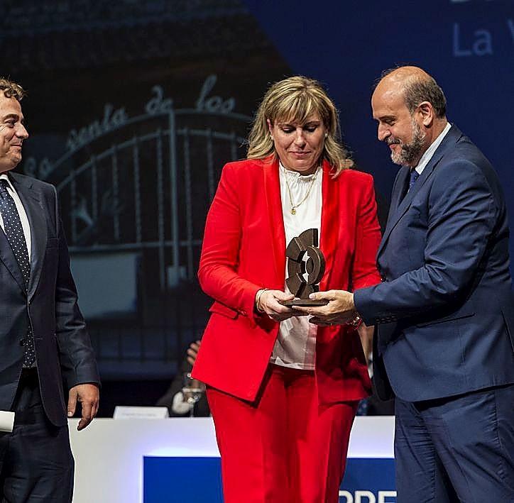 Marta Peñuelas es la premiada de Cuenca por La Venta de los Montes, restaurante, hospedería y catering.
