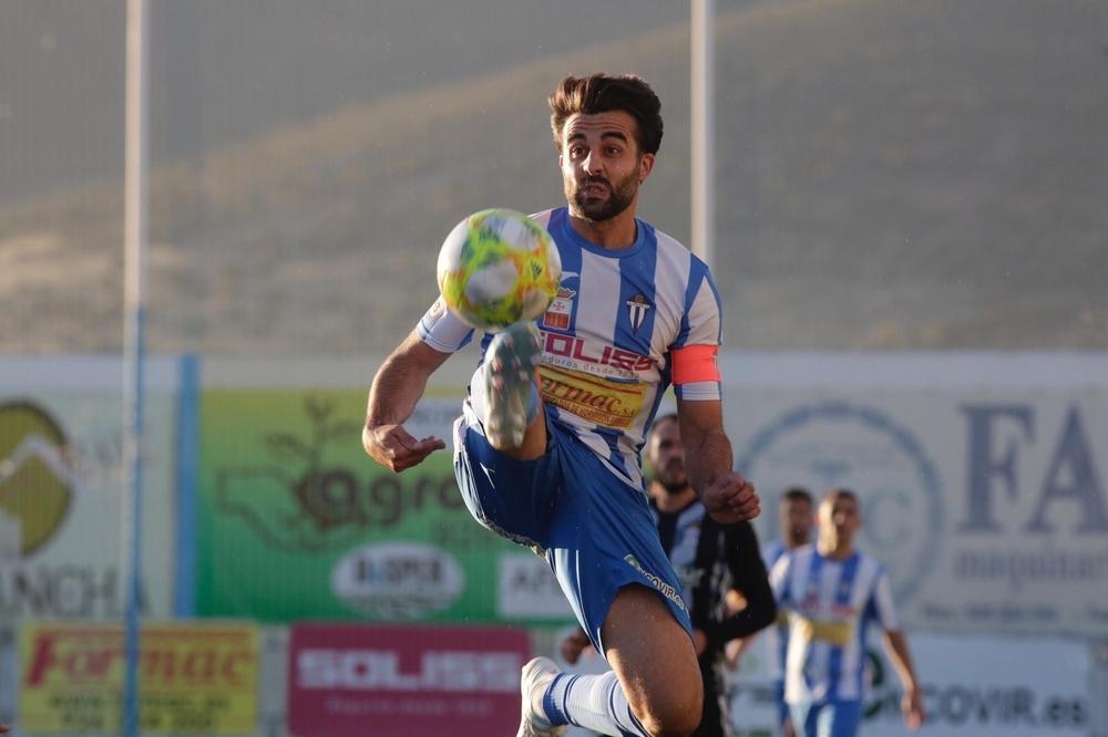 Imágenes del partido disputado este domingo entre el Villarrubia y el Cartagena