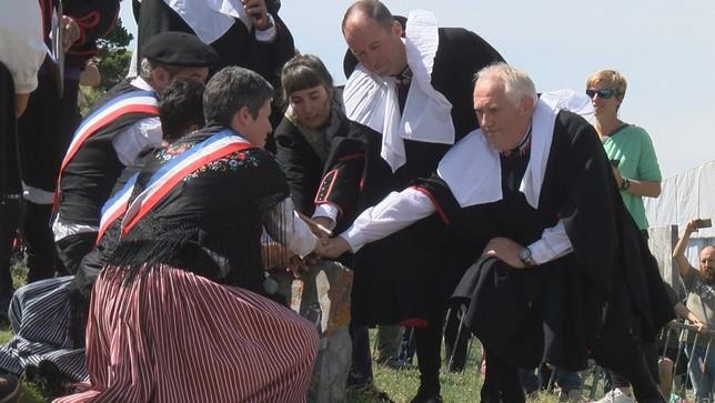 Navarra renueva en el Valle de Roncal un tributo milenario