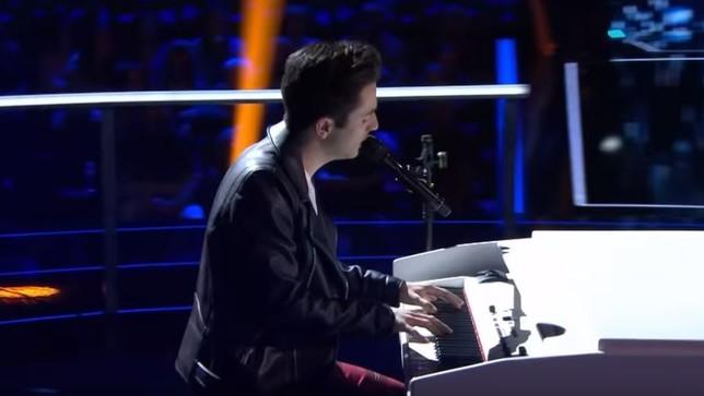 Javier Erro emociona y 'asalta' el panorama musical nacional