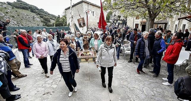 La procesión de Santa Casilda congregó a los más fieles.