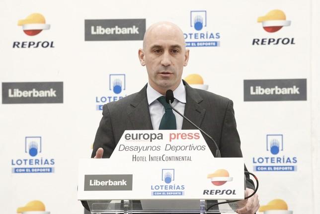 Supercopa con formato 'Final Four' y fuera de España Eduardo Parra